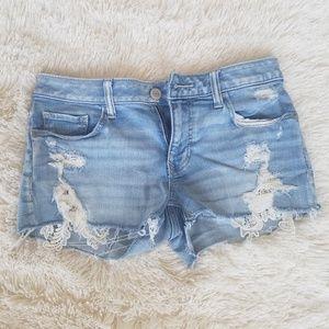 Lace detail Jean shorts